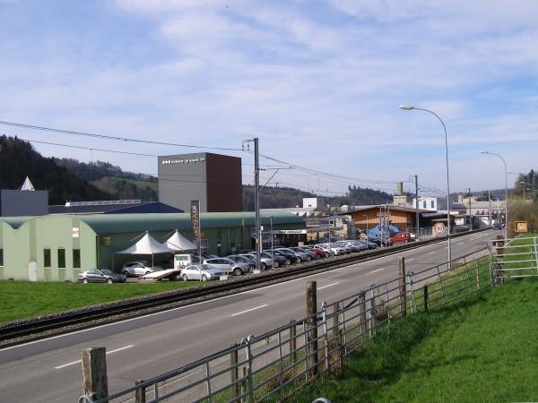 Hack Autotreff AG, Auf unserem Occasionsplatz in Teufenthal stehen interessante Occasionsfahrzeuge zur Probefahrt für Sie bereit