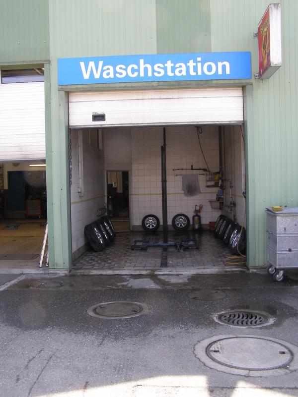 Waschstation bei Hack Autotreff AG